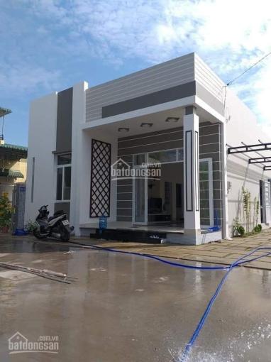 Bán nhà vườn đường Suối Lội, xã Tân Thông Hội, Củ Chi. Sổ hồng riêng, diện tích 300m2, giá 1tỷ3