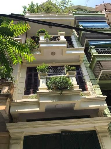 Bán nhà phố Văn Cao, phường Liễu Giai, Ba Đình, dt 55m2 x 4T, giá 11.8 tỷ