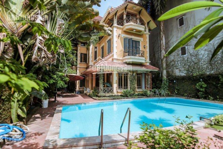 Bán nhà biệt thự sân vườn bể bơi rộng 400m2 trong làng Ngọc Hà, Đội Cấn, Ba Đình, giá 37 tỷ ảnh 0