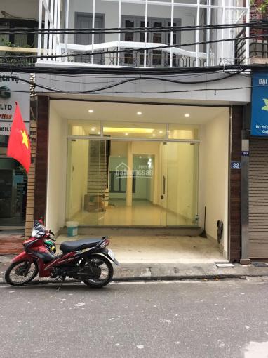 Cho thuê nhà 168 Hào Nam, 80 m2, xây 5 tầng, MT 4m, 28 triệu/th, LH 0389930126