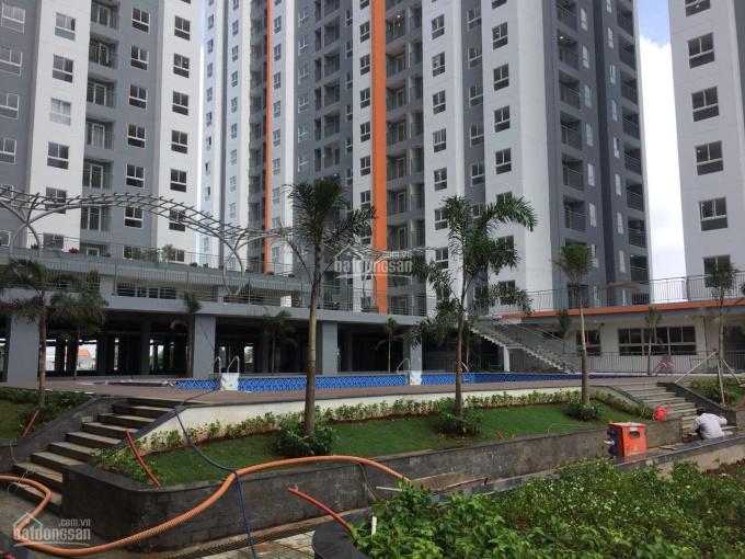 Chính chủ bán gấp căn hộ Samsora, DT 46m2, giá 895 triệu. Nhận nhà ở liền đón tết