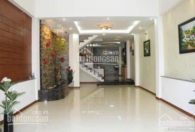 Bán nhà Yên Lạc, Kim Ngưu, phường Vĩnh Tuy, ô tô 7 chỗ vào nhà, DT 40m2x5T, giá 5,7 tỷ