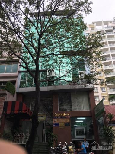 Cho thuê MT đường Phan Xích Long - Hoa Cúc, Q. Phú Nhuận, DT 8x18m, giá 120tr/tháng, LH: 0938796390