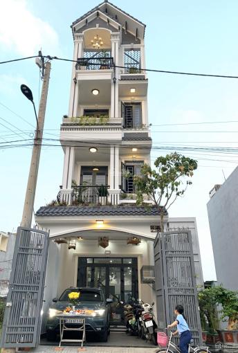 Nhà phố cao cấp 4 tầng chủ đang ở ngay công ty dệt may Việt Thắng, Lê Văn Chí giá = 8.1 tỷ TL chủ