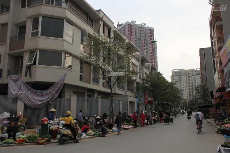 Cho thuê nhà thô 4 tầng làm kho giá 6 triệu/tháng, LH: 0966658965
