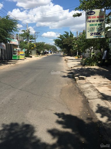 Bán đất mặt phố Võ Văn Tần DT 82m2, mặt tiền 6m tiện kinh doanh giá 2,2 tỷ, LH 0974923403