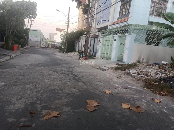 Bán gấp đất MTNB đường Cao Đức Lân, An Phú, Q2, DT 8x20m - 160m2, giá rẻ nhất khu vực 0936857349
