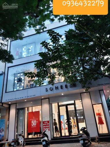 Cho thuê nhà mặt phố ngã tư Nguyễn Du, diện tích 90m2x 4 tầng, mặt tiền: 17m. 0936432279