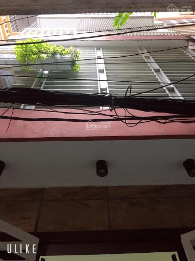 Bán nhà để lại toàn bộ nt như ảnh ngã 4 đèn đỏ đường Phùng Hưng - 19/5,15m ra đường 2oto tránh nhau