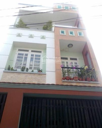 Cho thuê nhà 3 tầng ngay MT gần ngã 3 Tô Hiệu, Q. Tân Phú, giá 15tr. LH: 0903834245