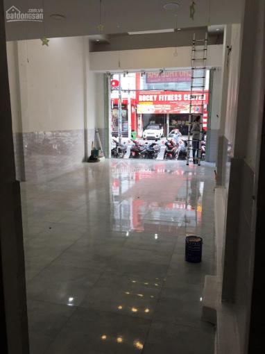Cho thuê mặt tiền Nguyễn Sơn, 5x20m, 2PN, Q. Tân Phú, (giá 25tr/th). LH: 0903834245