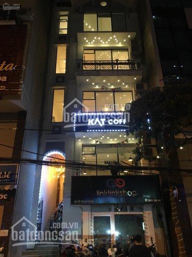 Chính chủ cần sang nhượng mặt bằng kinh doanh mặt phố Vũ Trọng phụng, nhà 5 tầng, 70m2/tầng