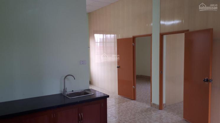 Nhà trọ mới gần CC Bộ Công An, 54m2 chia 2 phòng ngủ, 1 phòng khách, điện 2k3/số