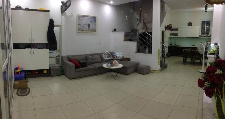 Cho thuê nhà riêng 74m2, 2 tầng, full nột thất đẹp, 7 tr/th, ngõ 32, An Dương, 2PN, sân 15m2 để xe