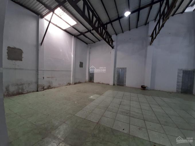 Cho thuê nhà 2 căn liền kề rộng 12m mặt tiền đường hẻm xe tải quận Tân Bình