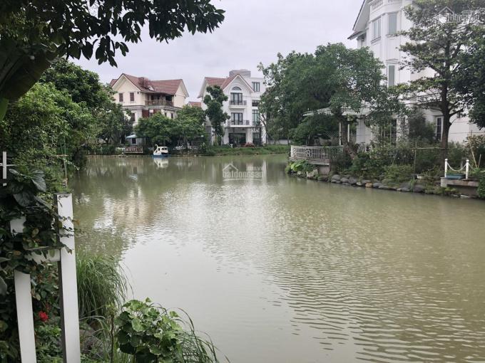 Bán nhanh căn Hoa Lan 272m2, 19.9 tỷ, sông thoáng, để lại NT, Vinhomes Riverside, 093 25 33333