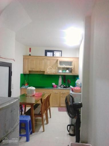Bán nhà 4 tầng đẹp giá rẻ Thạch Bàn, Long Biên, 31m2, chủ để lại nội thất sẵn ở, giá 1.7 tỷ
