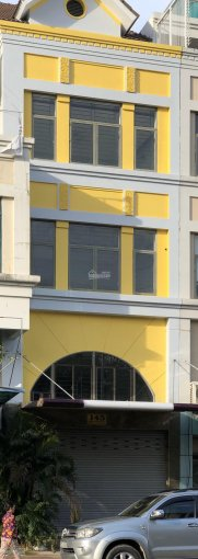 Cho thuê nhà phố Nam Long Phú Mỹ Hưng, 1 trệt 1 lửng 3 lầu, DT 5x25m, chỉ 45tr/tháng. LH 0901973191