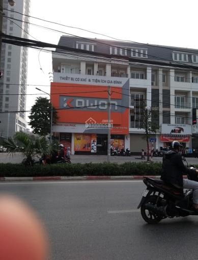 Cho thuê nhà mặt phố Hà Đông, DT 150m2, MT 10m làm showroom, thẩm mỹ viện