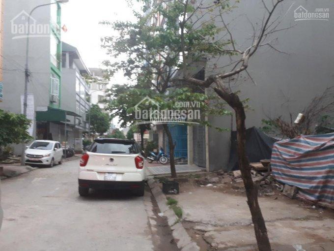 Bán lô đất liền kề P. La Khê, khu Cây Quýt, hướng Đông Nam, đương 13m, ô tô tránh, kinh doanh