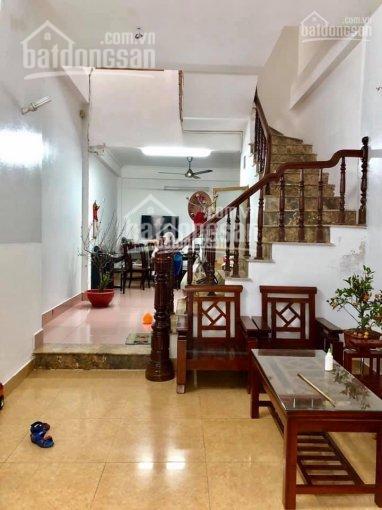 Cần bán nhà 3 tầng, diện tích 50m2 tại Ngô Xuân Quảng chỉ 2,3 tỷ
