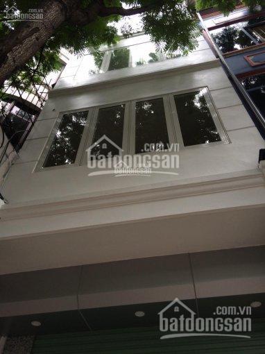 Cho thuê nhà phố Đội Cấn, Liễu Giai, Ba Đình. S = 42m2 x 4 tầng