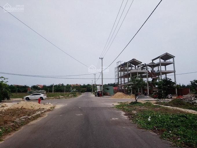Bán 2.200m2 đất biển Cửa Đại, Hội An, cạnh khách sạn Mường Thanh. LHCC: 0913001184