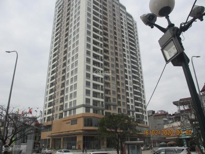 Cho thuê hộ 135 m2 tại tòa nhà Berriver 390 Nguyễn Văn Cừ. Giá 15 tr/th