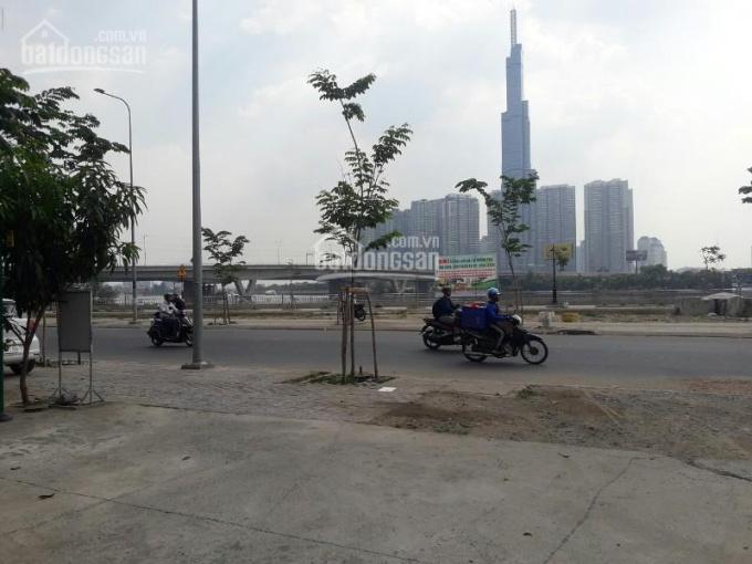 Bán nhà đường Quốc Hương, ngang 6m5 quá đẹp để kinh doanh. 0937581388