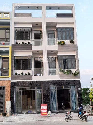 Bán gấp căn nhà 1 trệt 2 lầu liền kề Thủ Đức mặt tiền Quốc lộ 1K, giá 3tỷ 5 đầy đủ nội thất