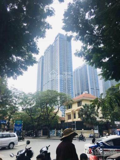 Bán nhà phố Vạn Phúc, vỉa hè, gara, KD tốt, 13.3 tỷ. 0866975942