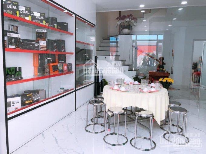 Bán nhà 3 lầu, giá 7,5 tỷ, đường Nguyễn Thị Định rẽ vào, quận 2. LH: 0902126677 ảnh 0
