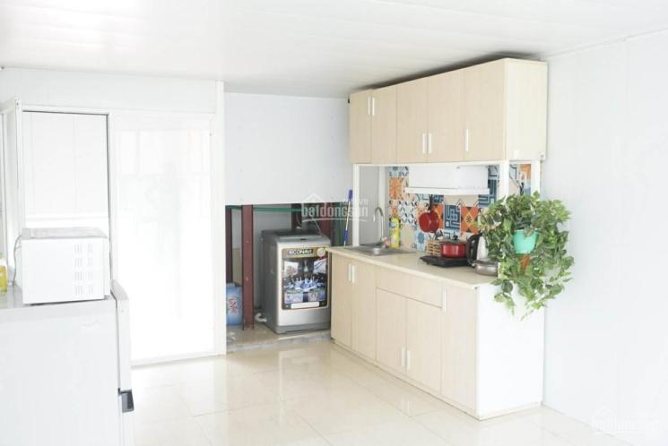 Cho thuê căn hộ 2PN đủ đồ phố Đường Thành, gần Hàng Nón