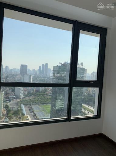 Do Nam tiến lên tôi cần bán căn hộ 2PN, S = 83m2 mã căn M2-1206, ban công Đông Nam. LH 0963 185 210