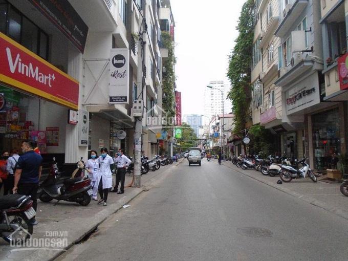 Tôi cần cho thuê nhà mặt phố Nguyễn Văn Tuyết kinh doanh tốt, khu đông dân cư và văn phòng