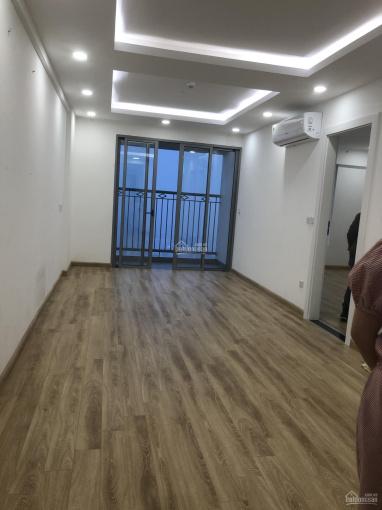 Chính chủ cho thuê Chung cư Imperial Plaza 360 Giải Phóng, 80m2 có 2PN giá 9tr LH 0983339089