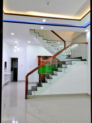 Chính chủ bán nhà 3 tầng 3 mê kiệt ô tô Nguyễn Phước Nguyên
