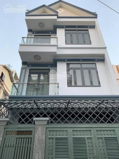 Chính chủ bán nhà góc 3 mặt tiền Trần Bá Giao, P5, Gò Vấp, trệt + 2 lầu, giá 6,95 tỷ