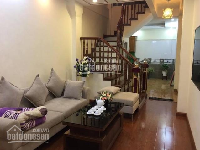 Chính chủ cho thuê nhà 1 trệt 2 lầu hẻm đường Thống Nhất - trung tâm TP Nha Trang