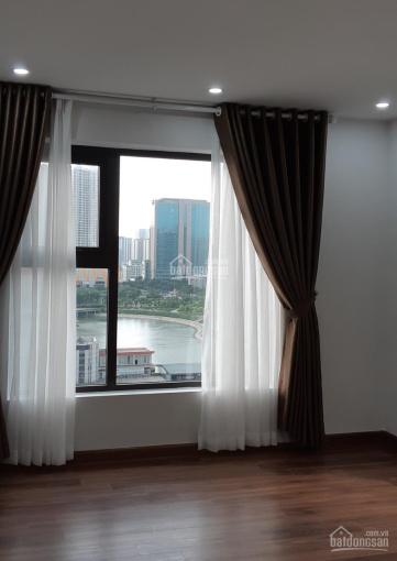 Xem nhà 247 cho thuê căn hộ Việt Đức Complex 86m2, 2 ngủ, đồ cơ bản 11 tr/th - 08 3883 3553