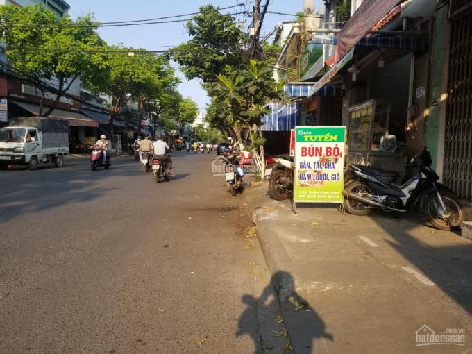Bán nhà 2 tầng mặt tiền Trần Cao Vân, bên hông kẹp kiệt, gần ngã tư Lê Độ