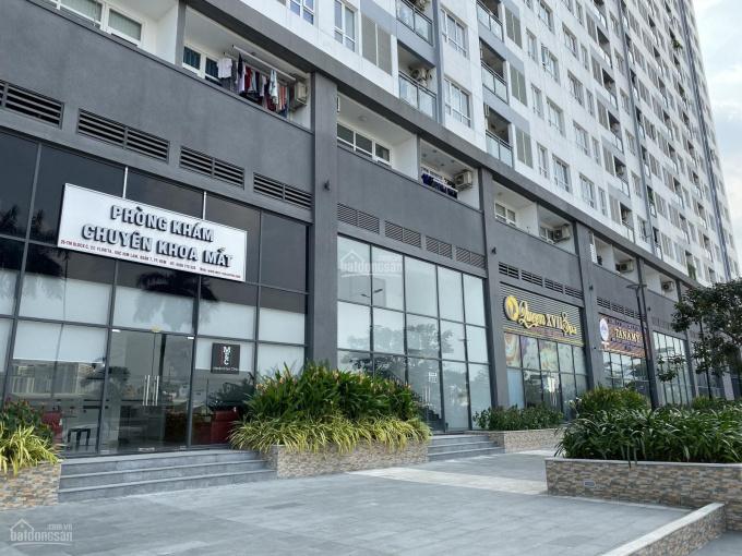 Cho thuê shophouse MT đường D4 CC Florita Quận 7, DT 138m2, có 2 tầng kinh doanh. LH 0938242472