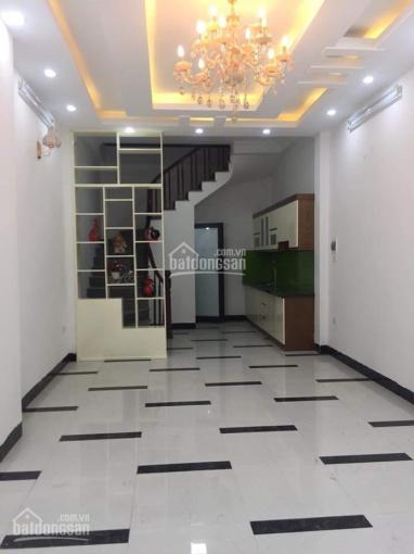 Nhà ở chợ Mậu Lương - Hà Đông ô tô đỗ cửa mặt ngõ thông thoáng, kinh doanh nhỏ chỉ 2.2tỷ (33m2*5T)