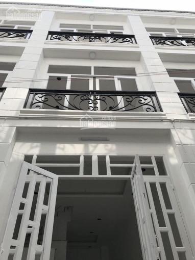 Cho thuê nhà nguyên căn mặt tiền 17D Nguyễn Đình Chính, Phú Nhuận gần Nguyễn Văn Trỗi. Phú Nhuận