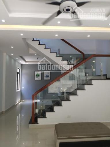 Bán nhà mới xây tại Phạm Ngũ Lão, thành phố Hải Dương. Lô góc, MT: 5m, DT: 59m2. LH: 0984948789