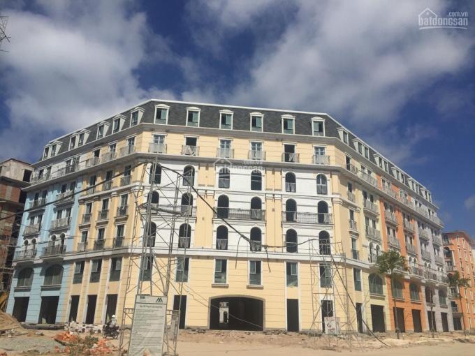 Xả hàng thời Covid 19 cần bán gấp căn khách sạn 24 phòng ngay trung tâm Phú Quốc. LH 0901909789