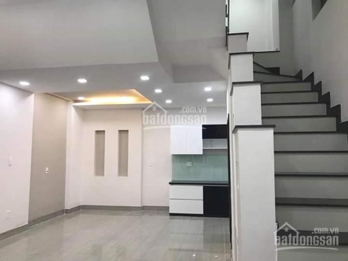 Bán nhà mặt tiền đường Phạm Văn Hai, P2, Tân Bình, nhà 1 trệt 3 lầu ST. Giá 12.5 tỷ
