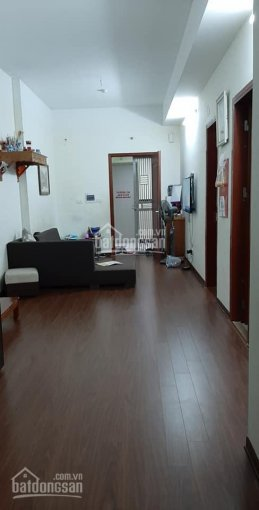 Cần bán gấp căn hộ 65m2 tòa CT12 KVKL để chuyển nhà đất, căn 2 ngủ, view Đông Nam. Giá 1,15 tỷ