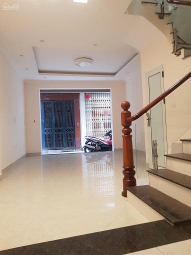 Chính chủ cần bán gấp nhà nguyên căn Hoàng Hoa Thám, dt 50m2, 5 tầng giá chỉ 5,7 tỷ
