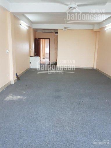 Cho thuê sàn văn phòng tại Vạn Phúc - Hà Đông. DT: 80m2, giá 5tr/tháng, LH: 0364161540